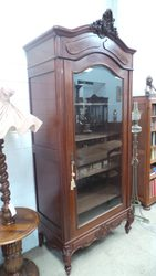 Melbourne's Iconic Antique Vintage furniture Stores